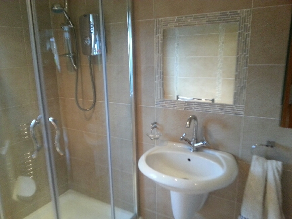 Bathroom tiles belfast mccabe bathrooms bathroom for Bathrooms n ireland